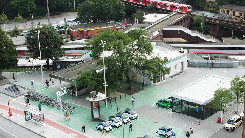 Switchh-Knotenpunkt am S-Bahnhof Berliner Tor in Hamburg