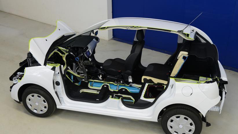 Hybridauto: Unterwegs mit Benzin und Druckluft