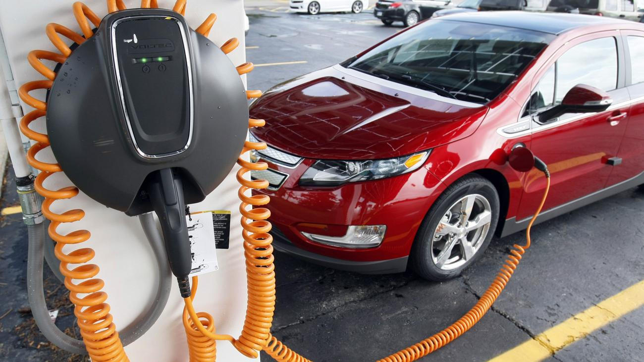 Tesla Electric Car Charging Stations