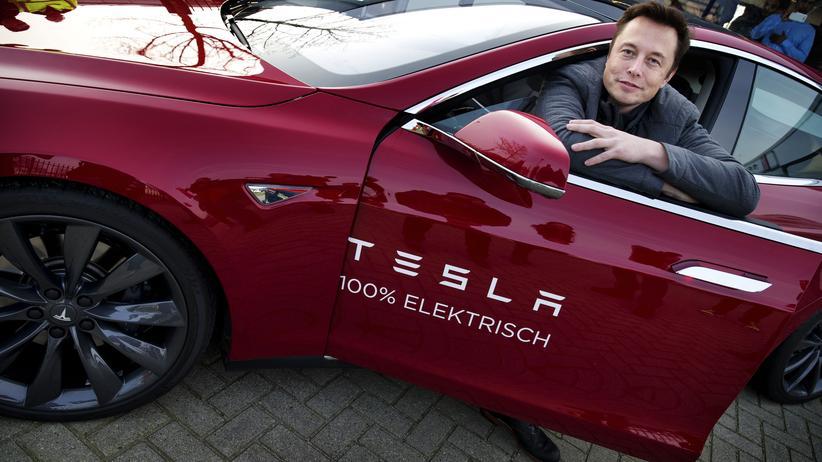 Mit dem Model S verdient Tesla bislang gutes Geld. Elon Musk will, dass das auch so bleibt.