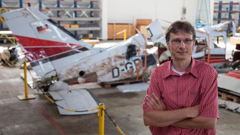 Thomas Kostrzewa von der Bundesstelle für Flugunfalluntersuchung