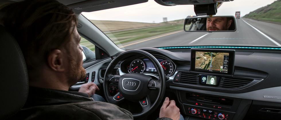 Test in einem selbstfahrenden Auto