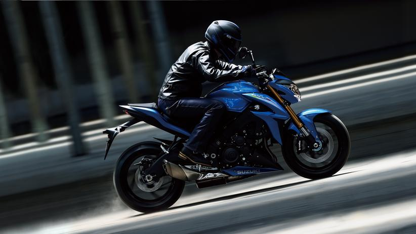 Motorrad Suzuki: Ruppiger Fahrspaß