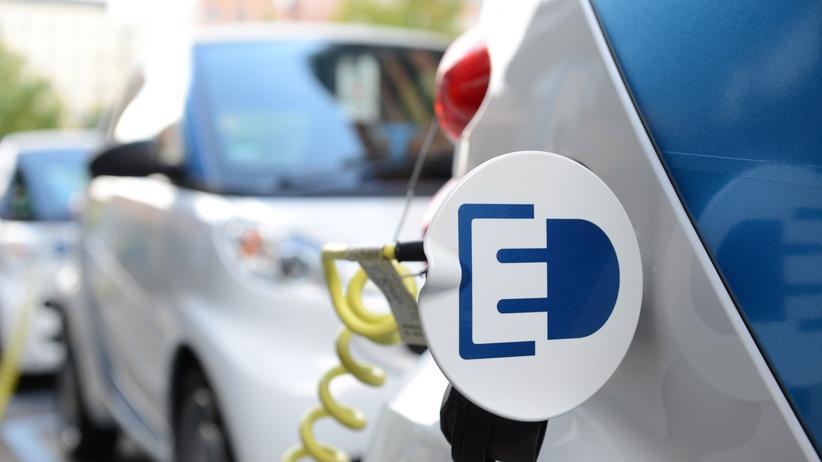 Mobilitaet, Elektroauto, Carsharing, Elektroauto, BMW, Daimler AG, Akku, Elektromobilität, Auto, Autohersteller