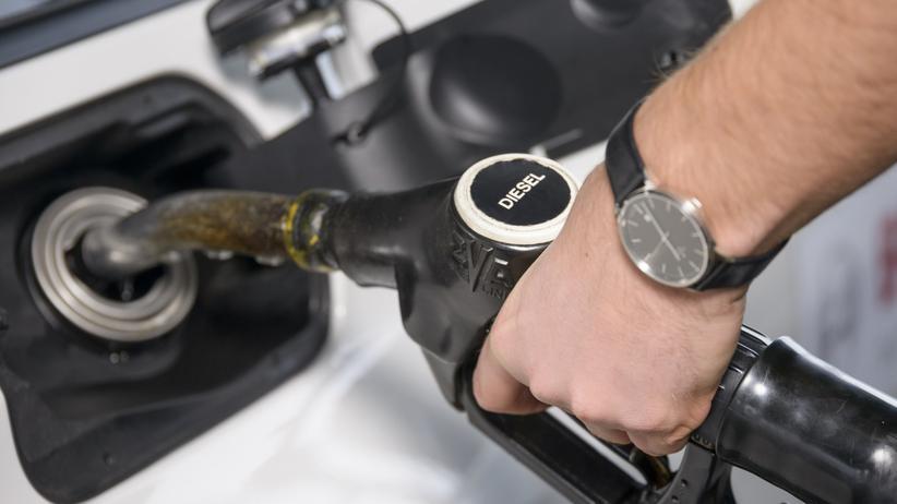 Mobilität, Diesel, Dieselmotor, Autotechnik, Abgas, CO2, Motor, Kraftstoff