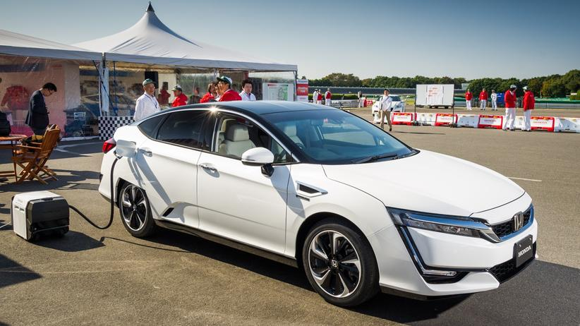 Die Honda-Limousine mit Brennstoffzelle soll es ab Frühjahr 2016 geben.