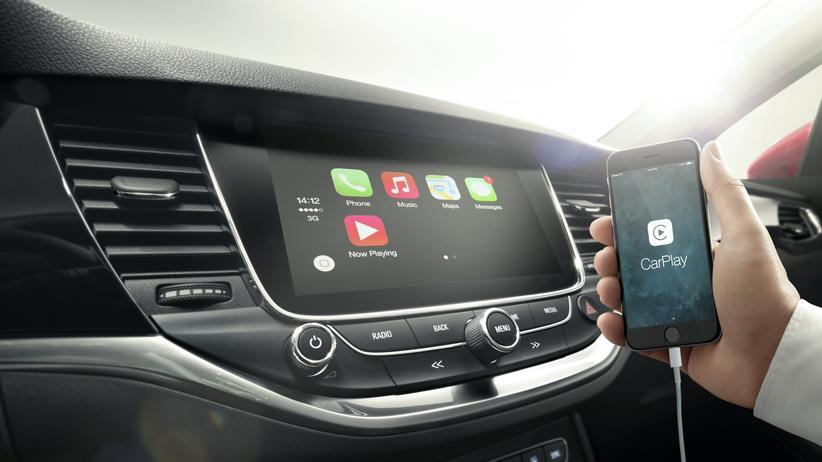 Verknüpfung des Handys im Opel Astra via IntelliLink