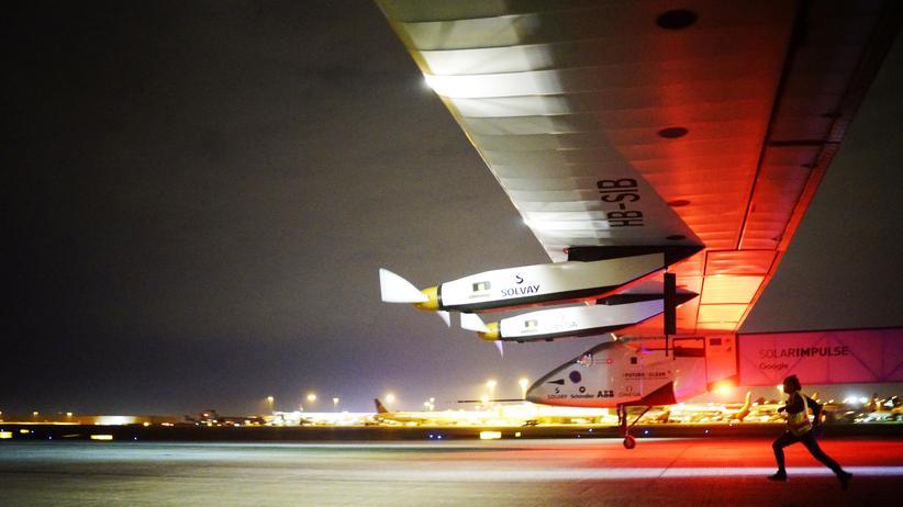 Solar Impulse: Schweizer Pilot meistert nächste Etappe der Weltumrundung