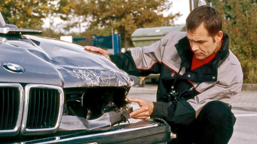 Autounfall: Die Abwicklung von Unfallschäden ist kompliziert.