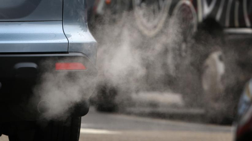 CO2-Emissionen: Die CO2-Emissionen von Neuwagen sinken zwar weiter, aber nicht mehr so deutlich wie in früheren Jahren.