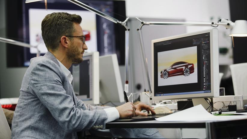 Volkswagen: Designer im Volkswagen Future Center in Potsdam (Archivbild)