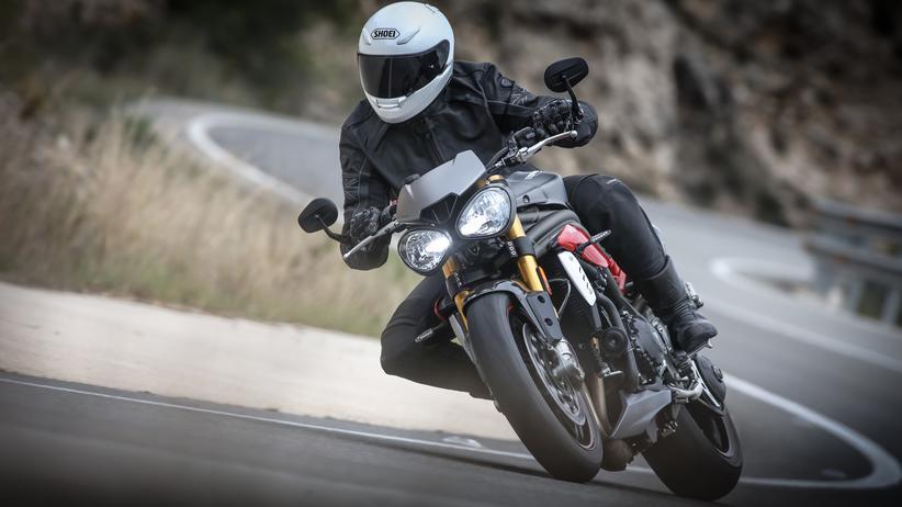 Motorrad: Die kurvige Landstraße ist ihr Terrain