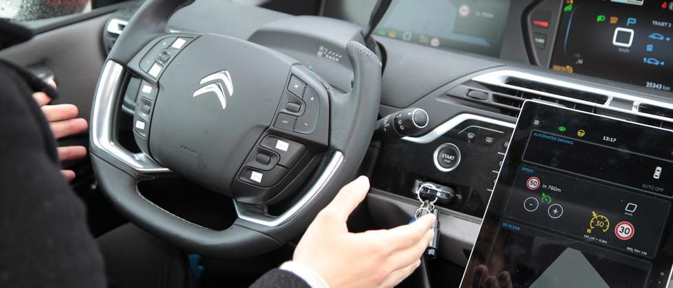 Selbstfahrendes Auto Autonomes Fahren
