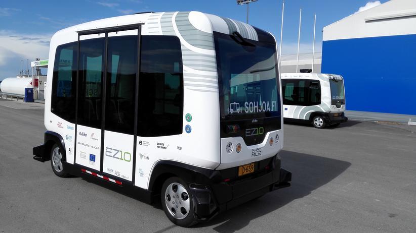 Autonomes Fahren: Diese sich selbst steuernden Kleinbusse fahren in Kürze über den Campus der Aalto-Universität im finnischen Espoo.