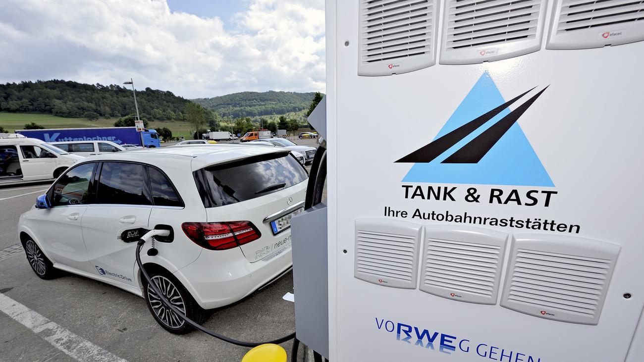 Elektroautos: Raste und lade! | ZEIT ONLINE