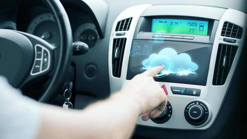 Automobilindustrie: Touchscreen in einem Auto