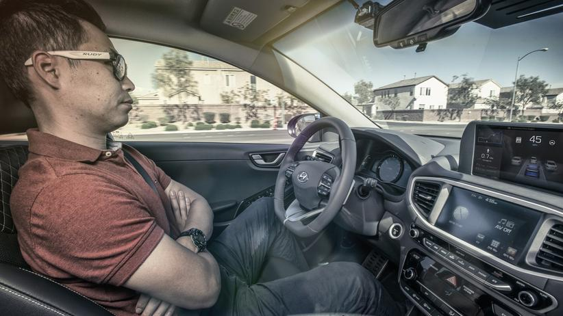 Hyundai: Hyundai hat Exemplare seines Elektroautos Ioniq mit Technik zum autonomen Fahren ausgerüstet.