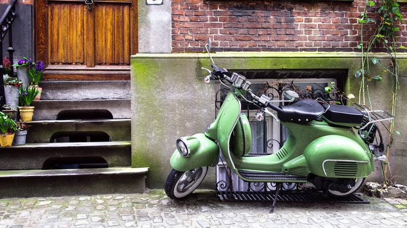 motorroller wohin mit der vespa zeit online. Black Bedroom Furniture Sets. Home Design Ideas