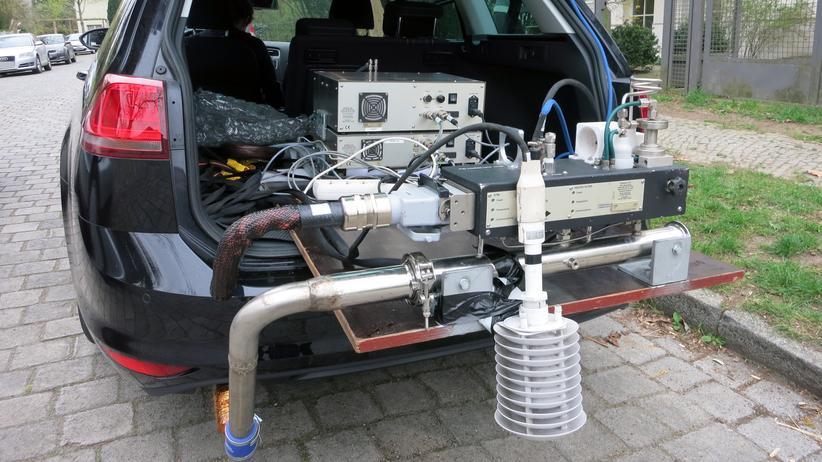 VW: Mit dieser Technik kann man die Abgaswerte von Autos im realen Verkehr messen.