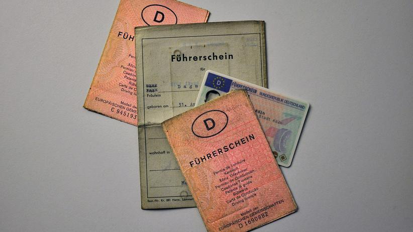 Führerschein: Die alten Führerscheine müssen vorerst nicht umgetauscht werden.