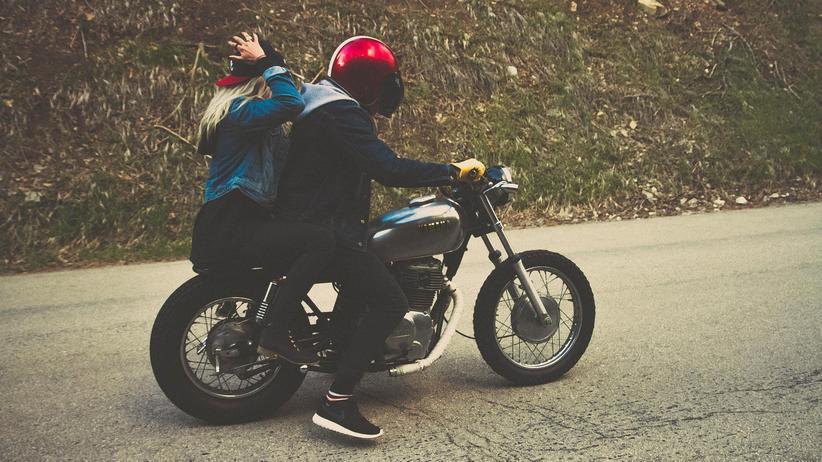 Motorradfahren: Seit 2011 steigt die Zahl der Neuzulassungen von Motorrädern von Jahr zu Jahr.