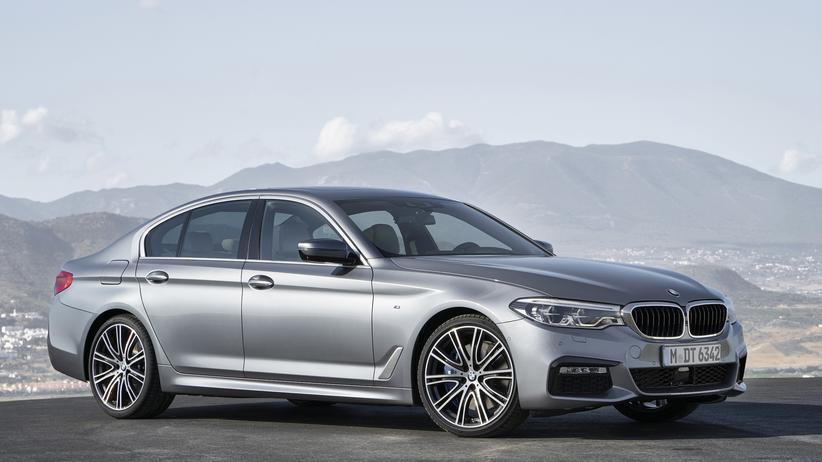 BMW: Der elektronische Assistent lenkt und erzieht