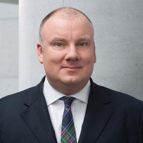 Energiewende: Christian Hochfeld ist Direktor des Thinktanks Agora Verkehrswende, der von der Stiftung Mercator sowie der European Climate Foundation (ECF) finanziert wird.