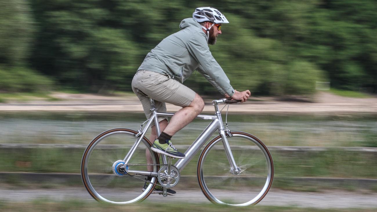 E-Bikes-Ein-Pedelec-mit-Fixie-Schick