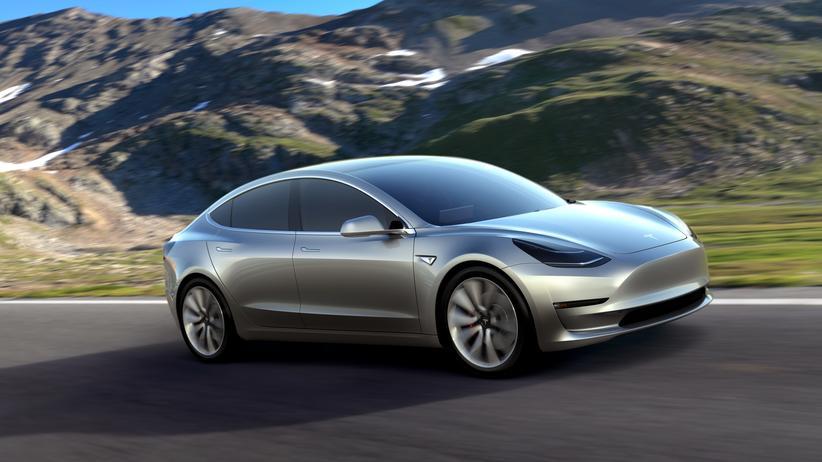 Tesla will mit dem Model 3 etwa dem BMW 3er und dem Audi A4 Konkurrenz machen.