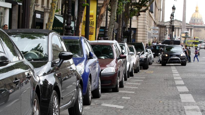 Parken: Welche Rechte haben Fahrer, die eingeparkt werden?