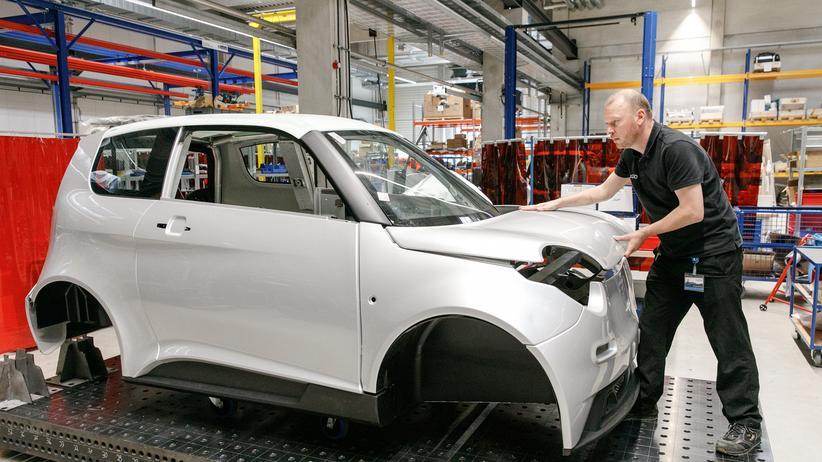 Elektromobilität: Montage des elektrischen Kleinwagens e.GO in der Aachen Anlauffabrik