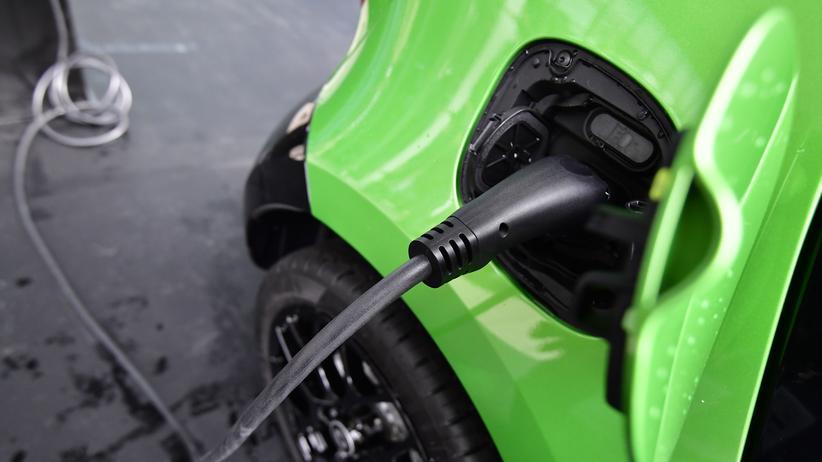 Autoindustrie: Einmal Strom tanken? Dauert zehn Minuten