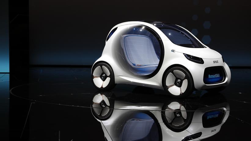 Verkehrswende: Eine Smart-Konzeptstudie, die ohne Fahrer unterwegs sein kann, wird auf der Frankfurter Automobilmesse im September 2017 vorgestellt.