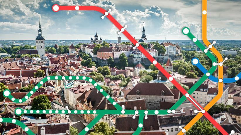 Nahverkehr: Altstadt von Tallinn