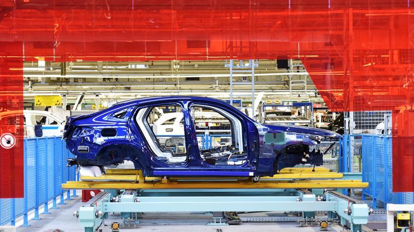 Abgasskandal: Scheuer soll Daimler Milliardenbußgeld angedroht haben