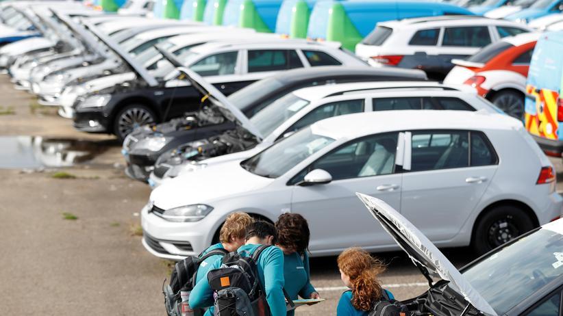 Fahrverbote: Dieselautos im Hafen von Sheerness, Großbritannien