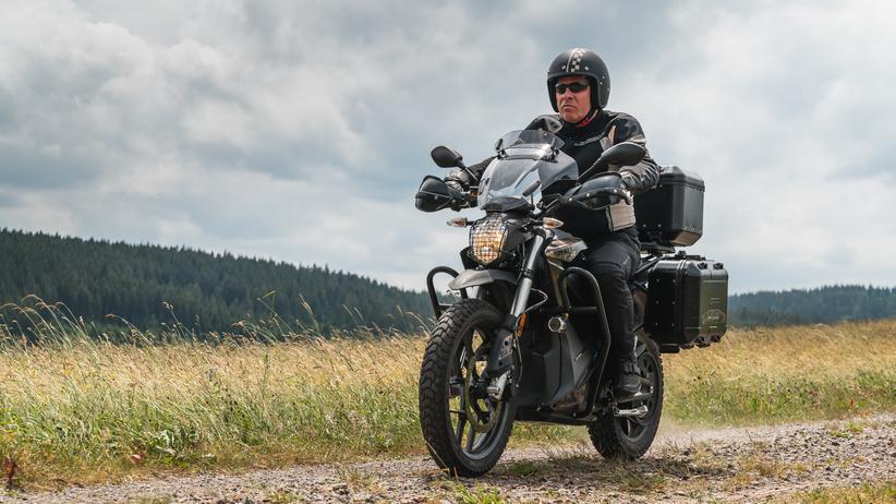 Elektromotorrad Zero DSR Black Forest: Tesla auf zwei Rädern