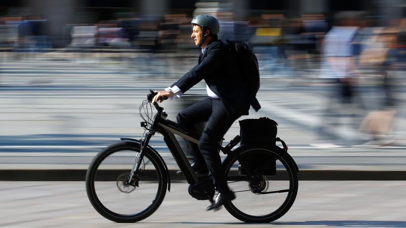 Pedelec: Ist die Fahrt mit dem E-Bike gesünder als das Radeln ohne Motorhilfe?