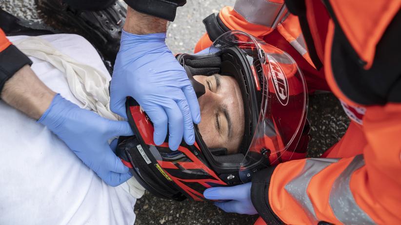 Motorradhelme: Wann wird es Zeit für einen neuen Helm?