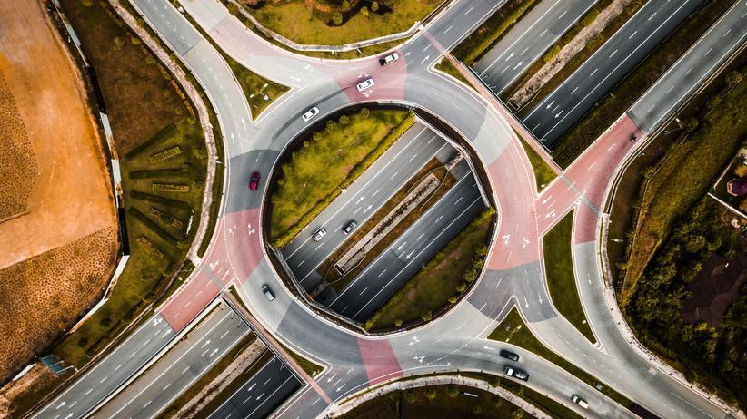 Stadtverkehr: Der Verkehr in den Städten muss neu organisiert werden. Schon heute ist klar: Es wird auf eine Neuausrichtung bestehender Angebote hinauslaufen.