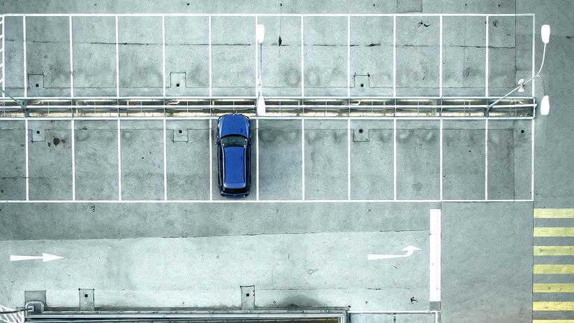 Verkehrsrecht: Sollte der Supermarkt tolerieren, dass man sein Auto nach dem Einkauf noch kurz stehen lässt, um etwas in der Nachbarschaft zu erledigen?