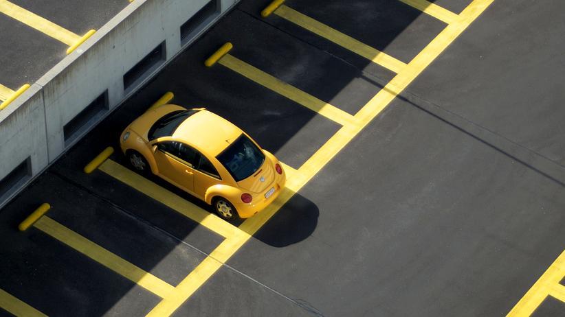 Verkehrsverhalten: Auto bleibt beliebtestes Verkehrsmittel in Deutschland