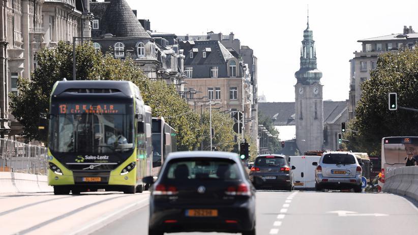 Xavier Bettel: Luxemburg macht Nahverkehr kostenlos