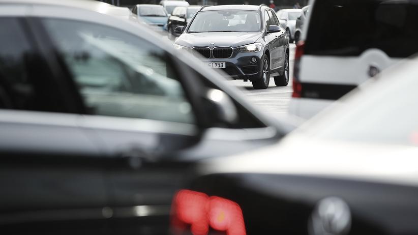 Andreas Scheuer: Verkehrsminister lehnt verpflichtende Tests für ältere Autofahrer ab