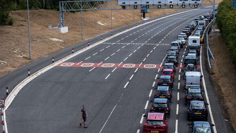 EU-Austritt: Lange Schlangen vor dem Eurotunnel, der England und Frankreich verbindet.