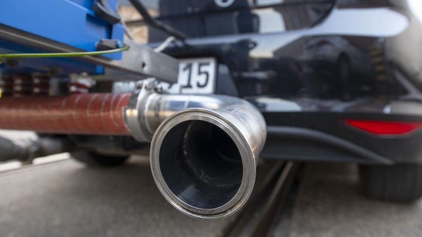 Fahrzeugumrüstung: Mehr als eine Million Dieselfahrer warten noch auf Softwareupdate