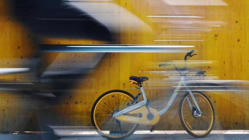 Bike-Sharing: Aus Deutschland wieder verschwunden: Ein Leihrad des Anbieters oBike im Juli 2018