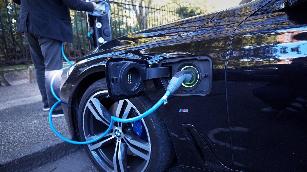 Elektromobilität: Sechs kritische Rohstoffe für E-Autos
