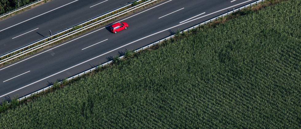 Bündnis 90/Die Grünen: Bundestag lehnt Tempolimit auf Autobahnen ab