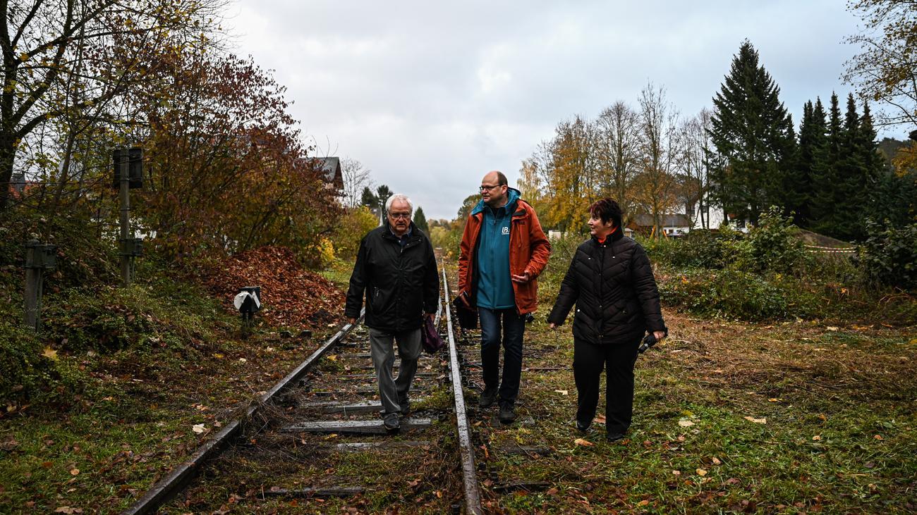 Lumdatalbahn: Sie wollen ihren Zug zurück